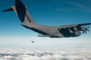 A400M_jump_out