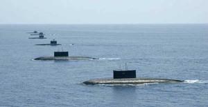 The-Submarine-Fleet-in-Form
