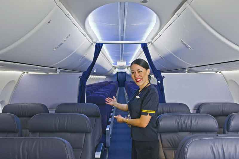 Boeing celebrates 500th delivery of 737 with boeing sky for Avion jetairfly interieur