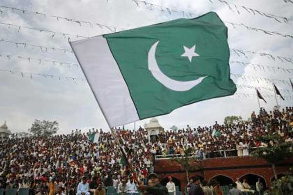 Pakistan: Fanatic Outrage and Shrine Demolition