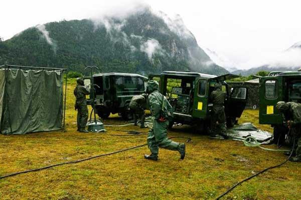 Frecuentes ejercicios militares  con fuego real en el Tíbet alarman a la India  PLA-training-3