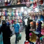 Kashmiri Shops in Tourists Spots - Is there More than What Meets the Eye?