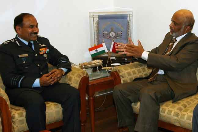 Secretary General of Defence Ministry of Defence, Oman discussing during the meeting with Air Chief Marshal Arup Raha, Chief of the Air Staff