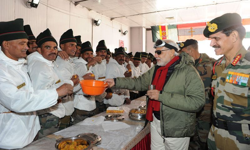 The Prime Minister, Shri Narendra Modi with our brave Jawans at Siachen