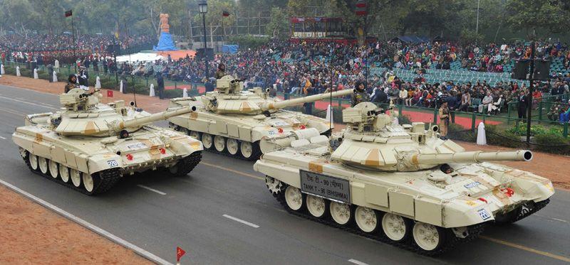 Tank T- 90 (Bhishma) passes through the Rajpath