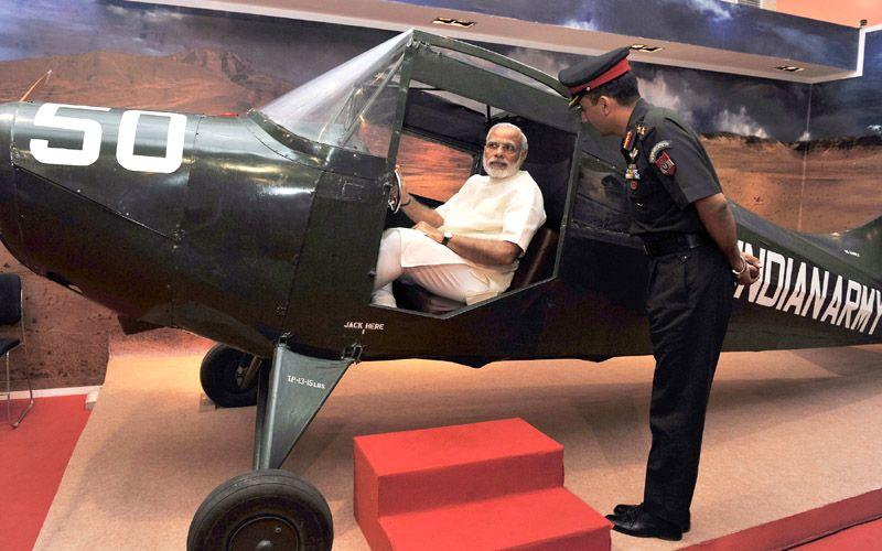PM visits 'Shauryanjali' a commemorative exhibition on 1965 war