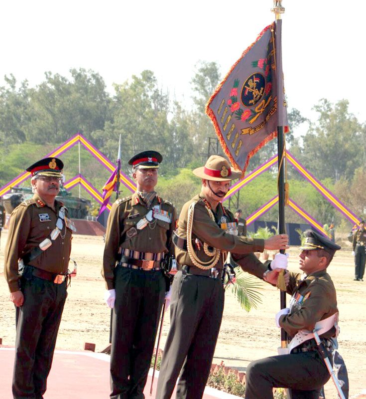 Standard presented to 18 CAVALRY by the Chief of the Army Staff
